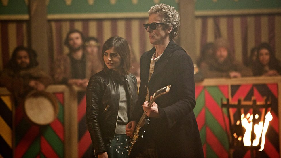 Doctor Who: i protagonisti Jenna Coleman e Peter Capaldi in The Magician's Apprentice