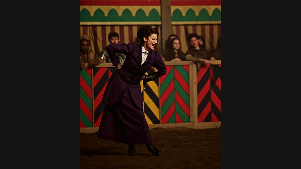 Doctor Who: l'attrice Michelle Gomez in The Magician's Apprentice