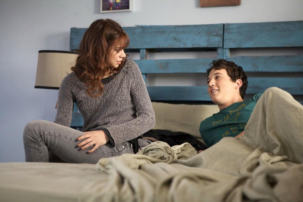 APPuntamento con l'@more: Miles Teller e Analeigh Tipton in una scena del film