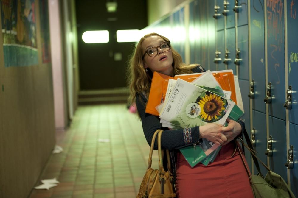 Fuck You, Prof!: un'affannata Karoline Herfurth in una scena del film