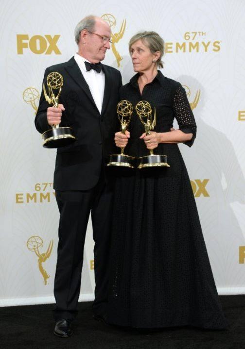 Emmy 2015: Frances McDormand e Richard Jenkins con i meritatissimi Emmy per Olive KItteridge