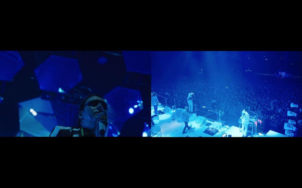 Arcade Fire: The Reflektor Tapes, un'inquadratura in split screen del doc dedicato al gruppo indie rock canadese