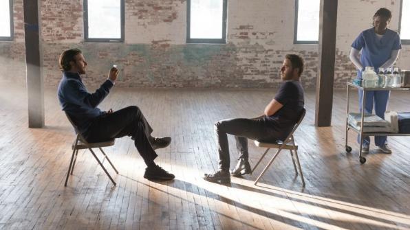 Limitless: Bradley Cooper e Jake McDorman in un'immagine del pilot