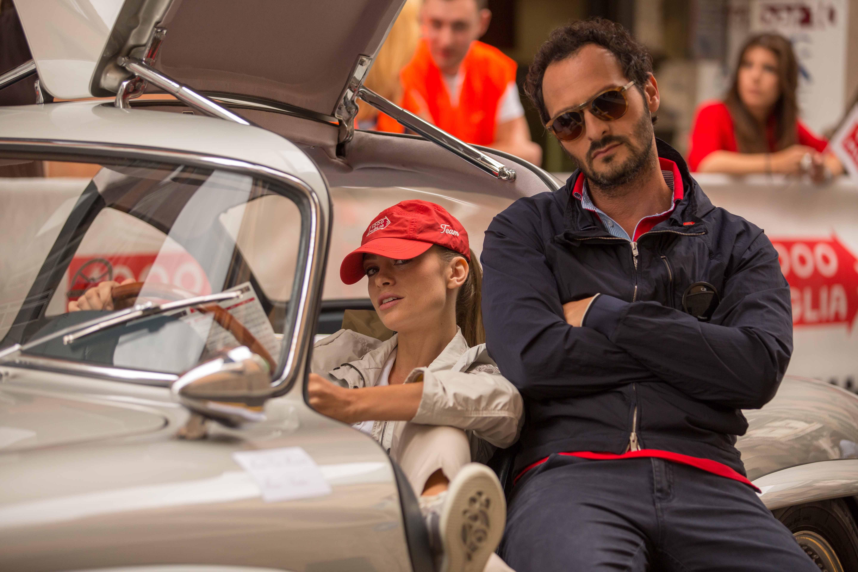 Rosso Mille Miglia: Martina Stella e Fabio Troiano in un'immagine promozionale del film