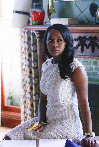 Le regole del delitto perfetto: l'attrice Aja Naomi King in una foto tratta da It's Time to Move On