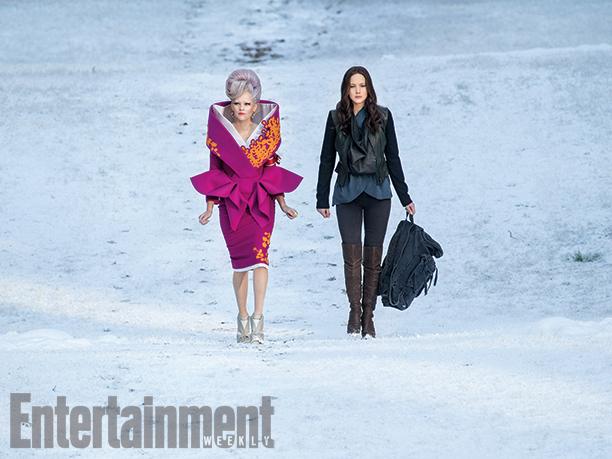 Hunger Games: Il Canto della Rivolta - Parte 2: le attrici Elizabeth Banks e Jennifer Lawrence