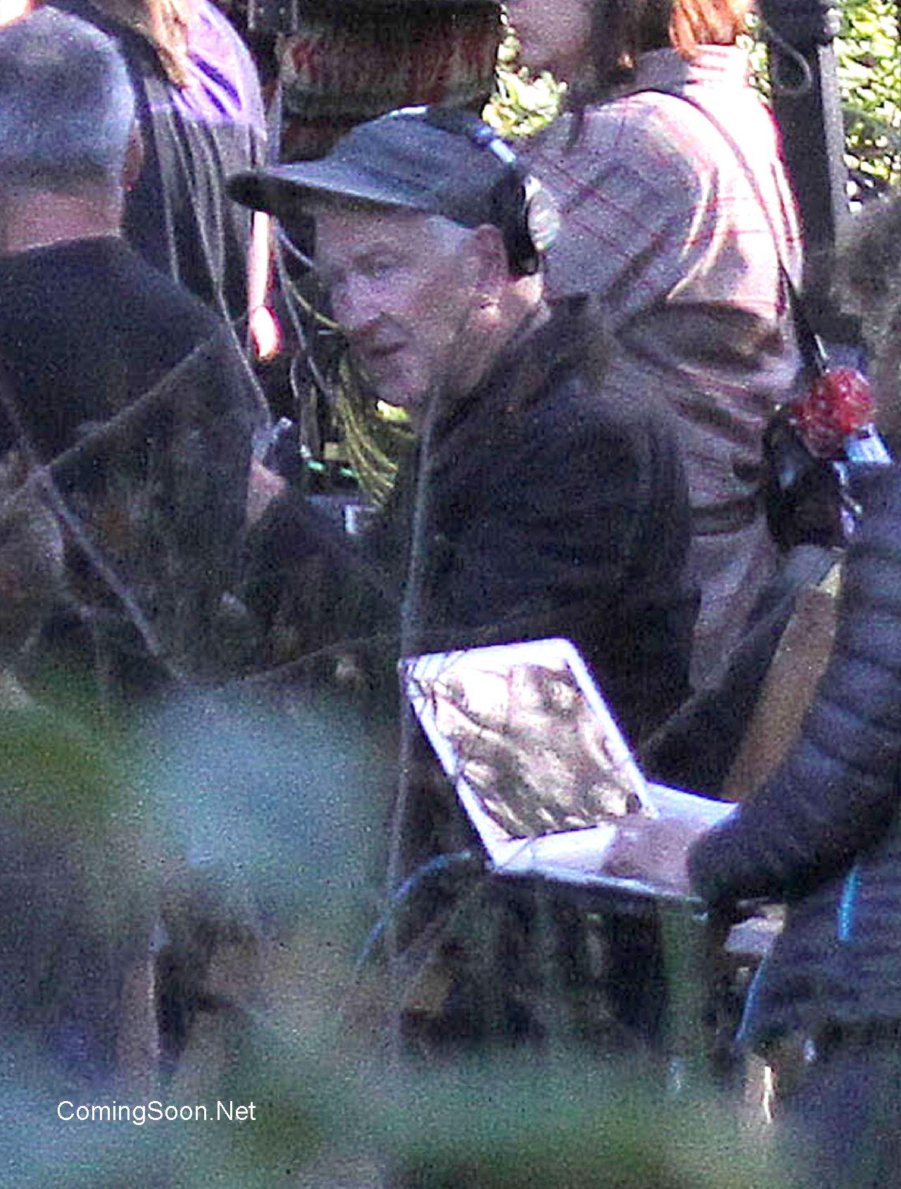 Twin Peaks: David Lynch in una delle prime immagini dal set