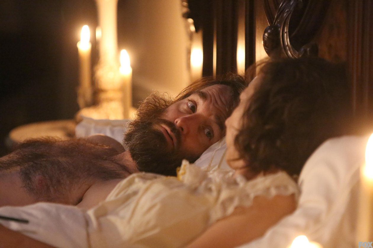 The Last Man on Earth: Will Forte e Kristen Schaal in una scena della première Is There Anybody Out There?