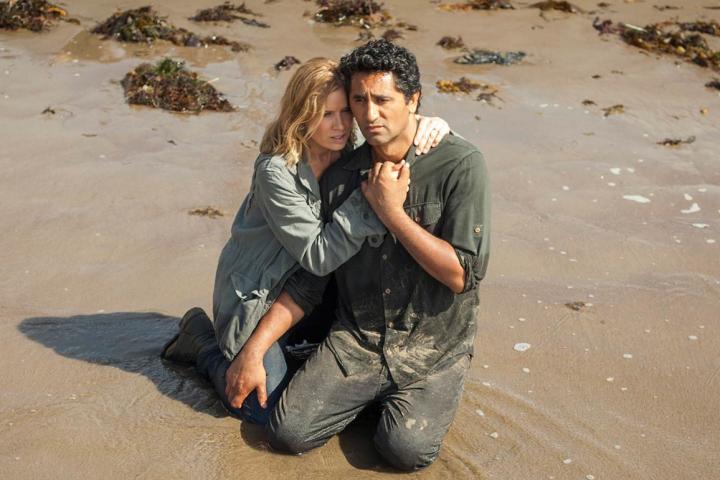 Fear the Walking Dead: Kim Dickens e Cliff Curtis in una scena di The Good Man