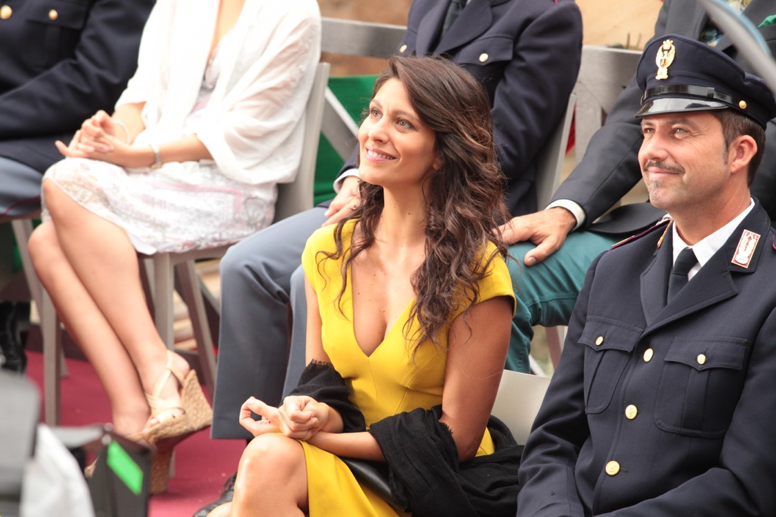 Natale col boss: Giulia Bevilacqua in una scena del film
