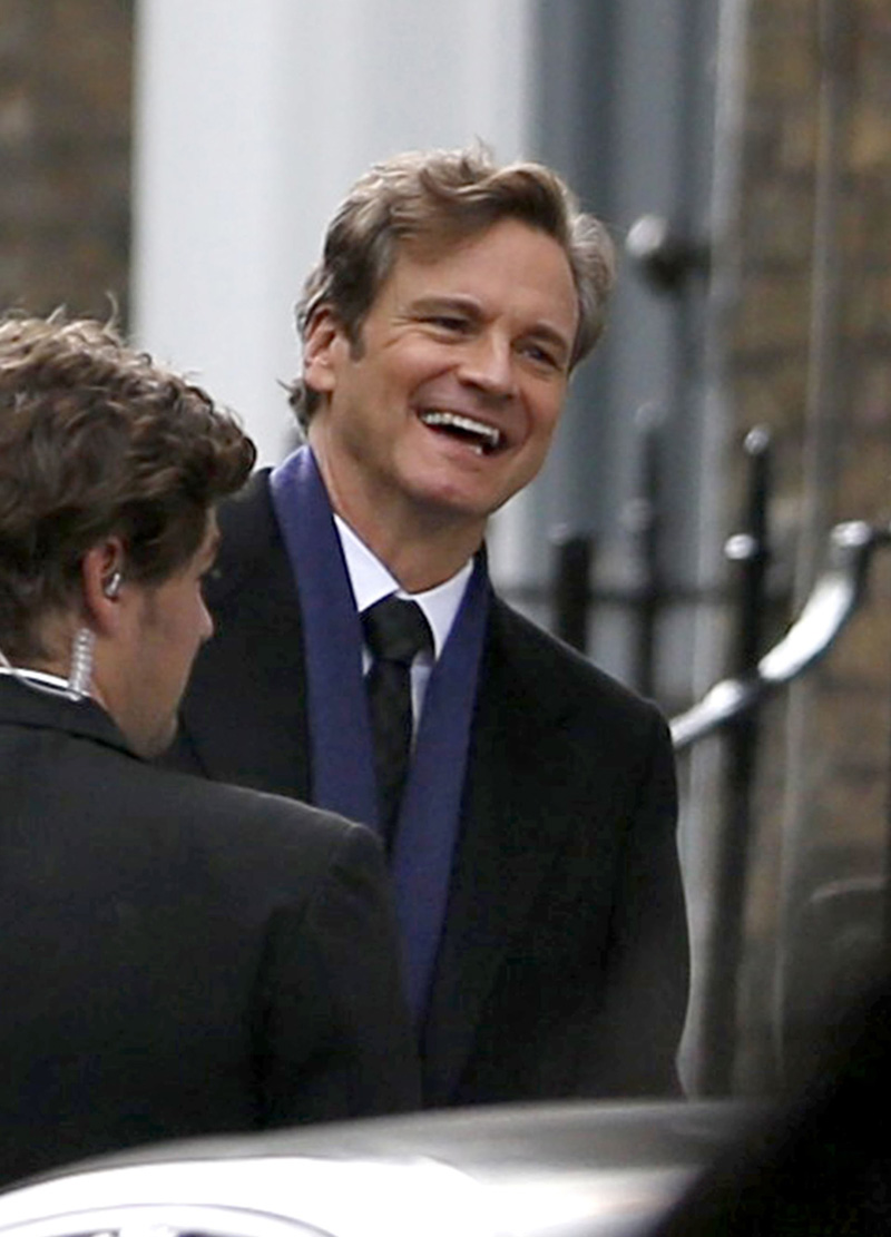 Bridget Jones's Baby: Colin Firth sorride sul set