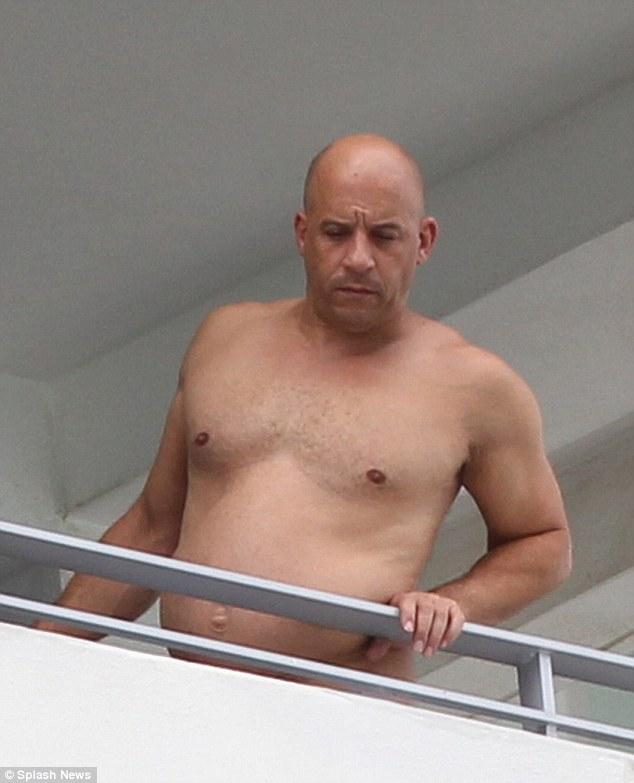 Vin Diesel paparazzato fuori forma, 2015