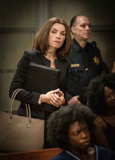 The Good Wife: Julianna Margulies nell'episodio Bond