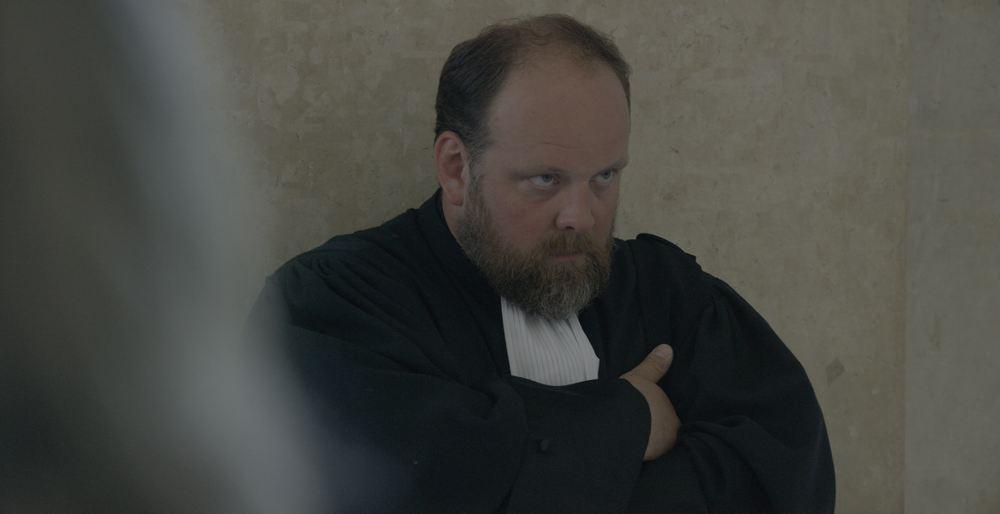 Au plus près du soleil: Grégory Gadebois in una scena del film