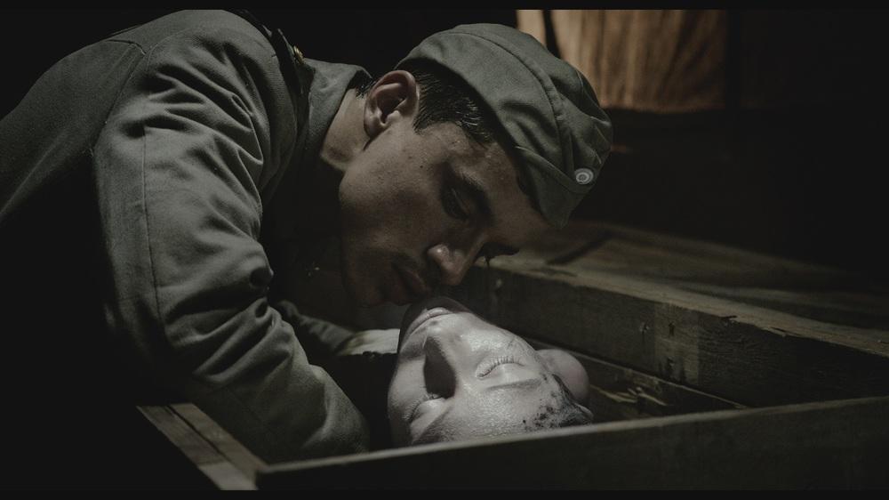 Eva Doesn't Sleep: un'immagine tratta dal film