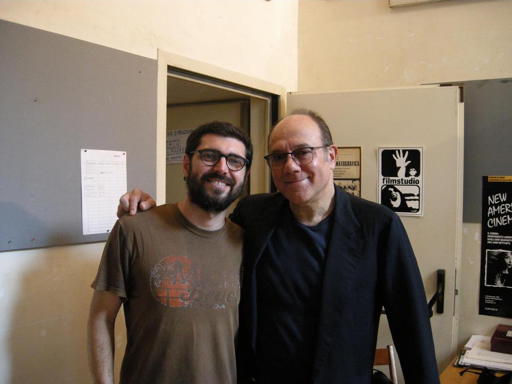 Filmstudio mon amour: Carlo Verdone e il regista del documentario Toni D'angelo in un'immagine dal backstage