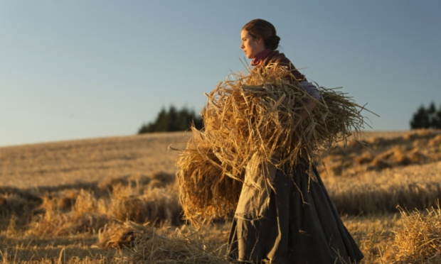 Sunset Song: Agyness Deyn tra i campi di grano