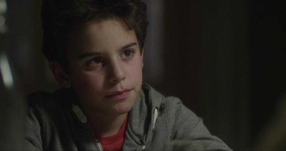 Il bambino di vetro: un bel primo piano del protagonista del film di Federico Cruciani