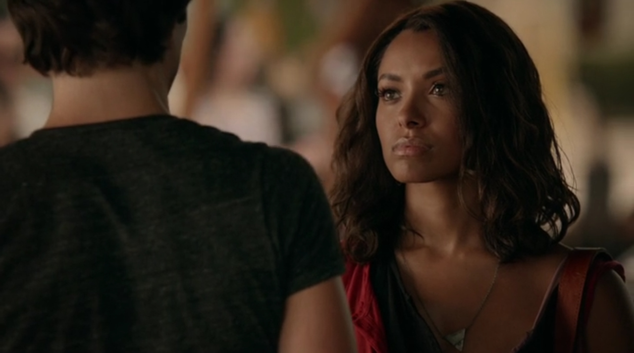 The Vampire Diaries: l'attrice Kat Graham nell'episodio intitolato 22.190 Days