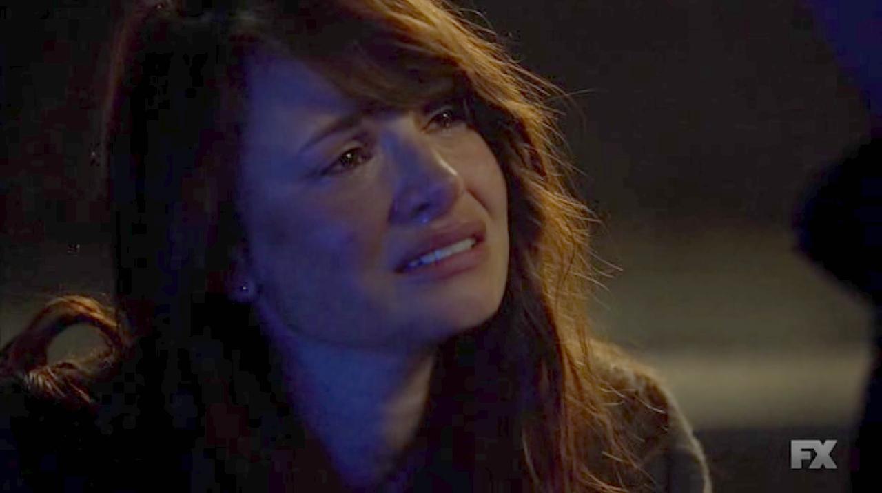 The Strain: l'attrice Mia Maestro in una drammatica immagine di Fallen Light
