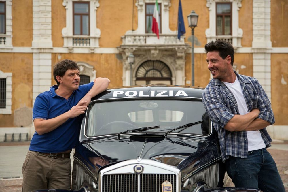 Rosso Mille Miglia: Rosario Petix e Maurizio Francone in una scena del film