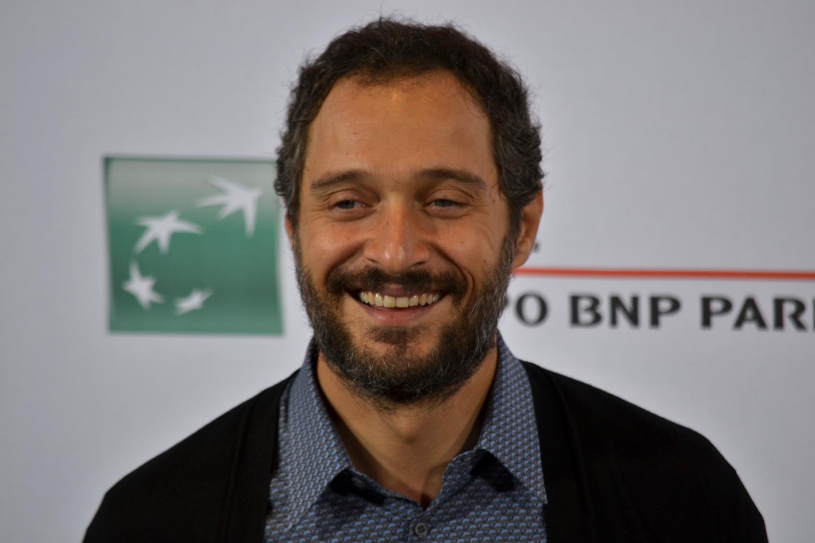 Roma 2015: Claudio Santamaria in un primo piano al photocall di Lo chiamavano Jeeg Robot