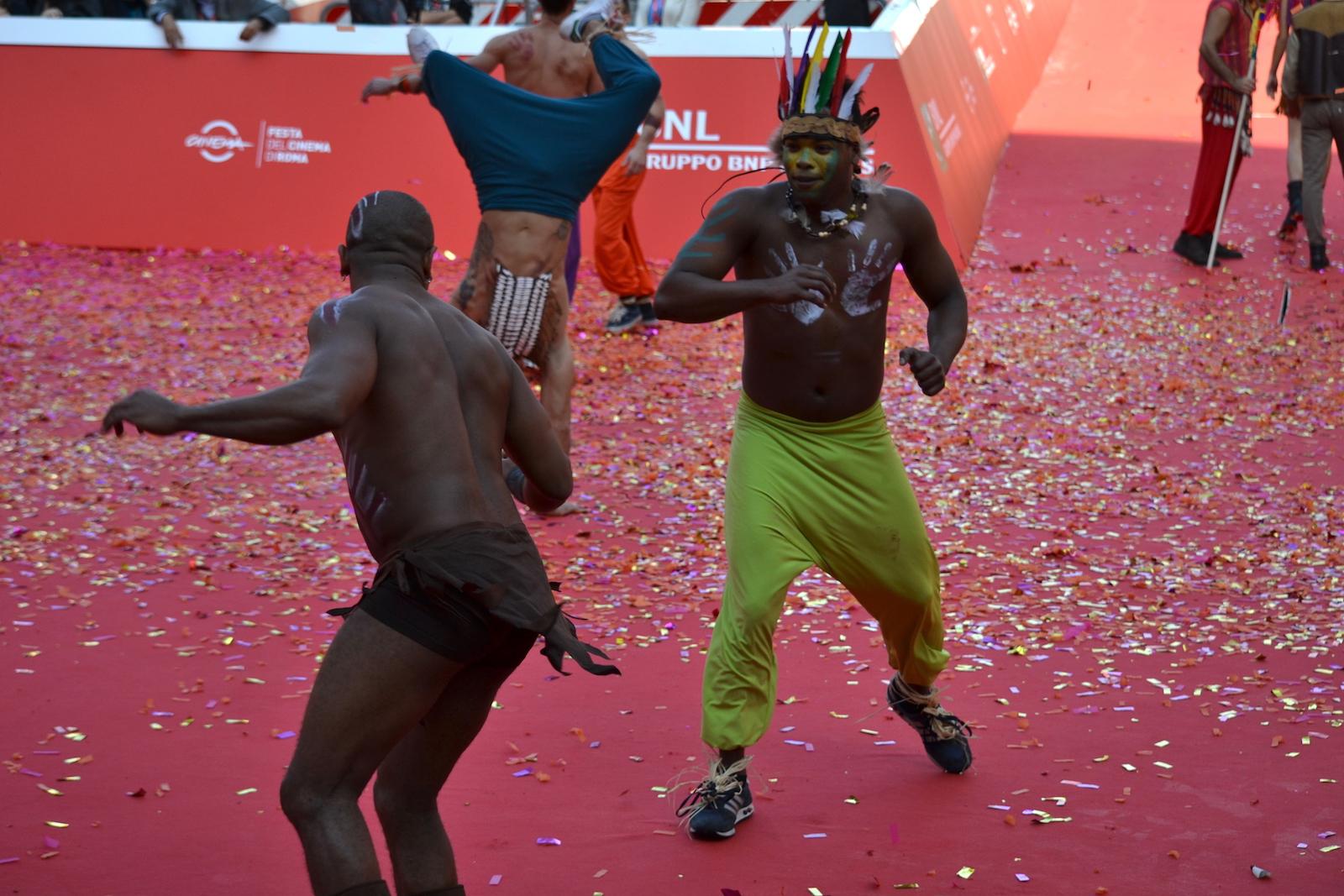 Roma 2015: scene di lotta sul red carpet di Pan - Viaggio sull'isola che non c'è