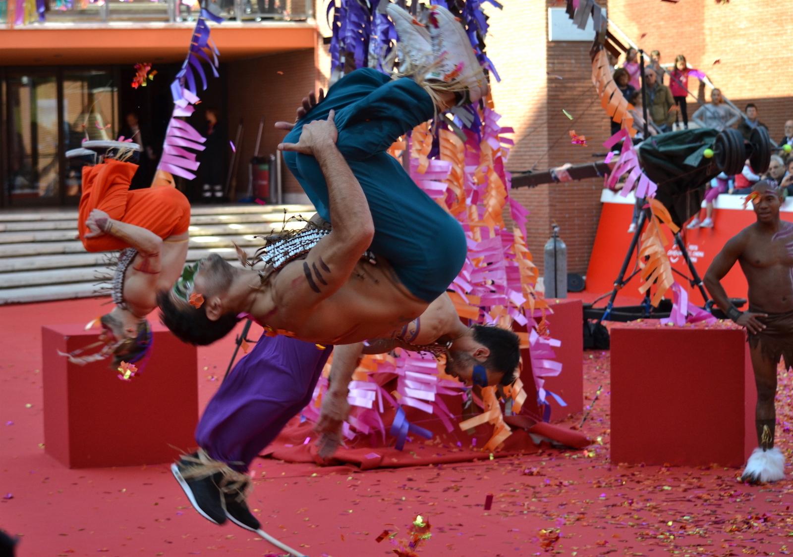 Roma2015: acrobazie e colori sul red carpet di Pan - Viaggio sull'isola che non c'è