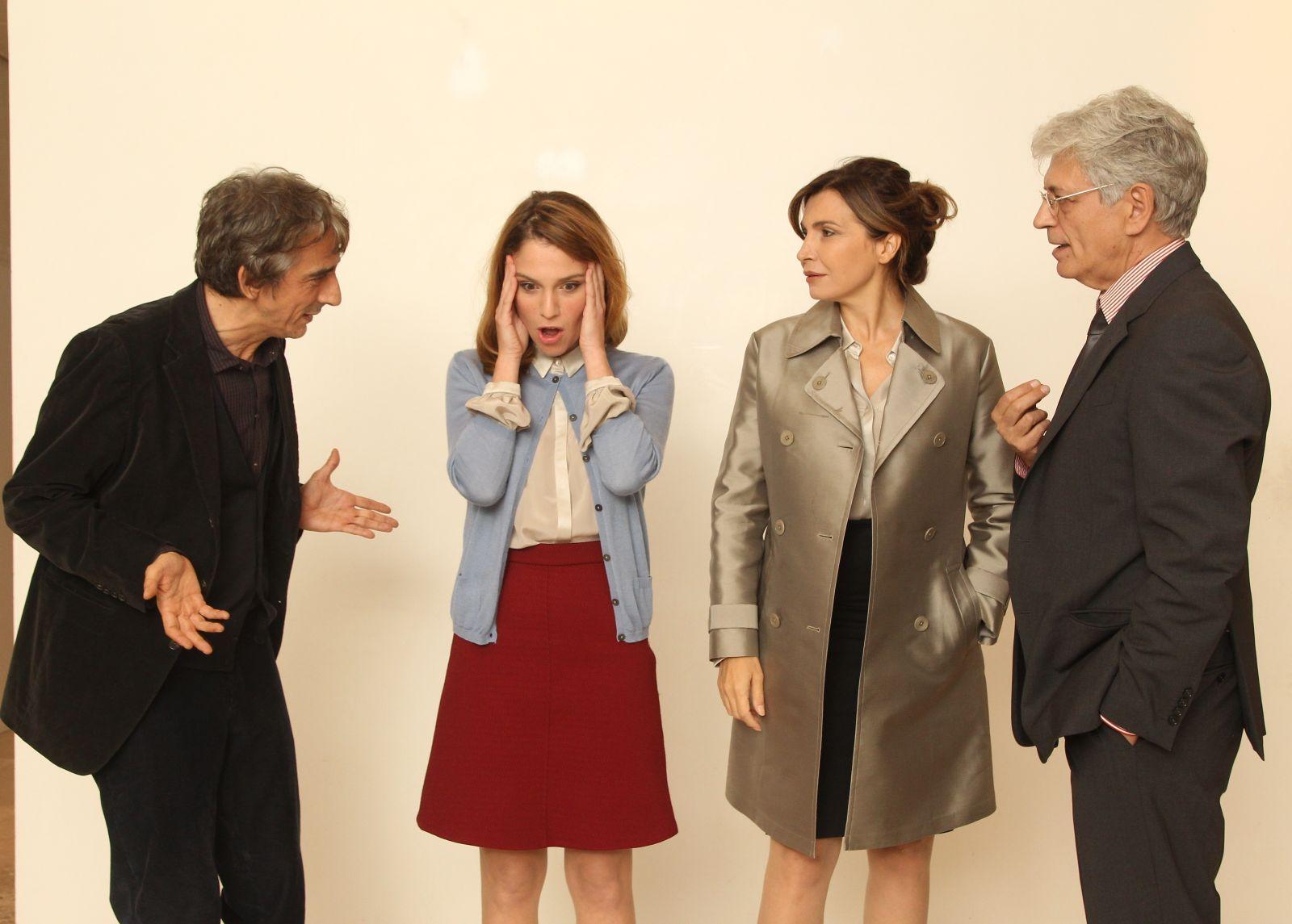 Dobbiamo parlare: i quattro protagonisti del film in una foto dal set