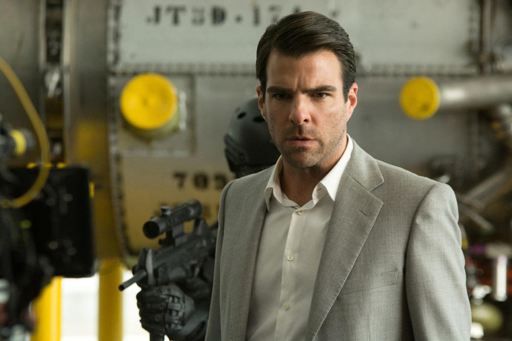 Hitman: Agent 47, Zachary Quinto in un'immagine del film