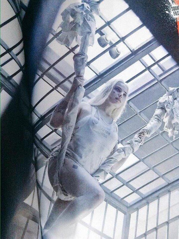 Suicide Squad: Margot Robbie in una scena del film
