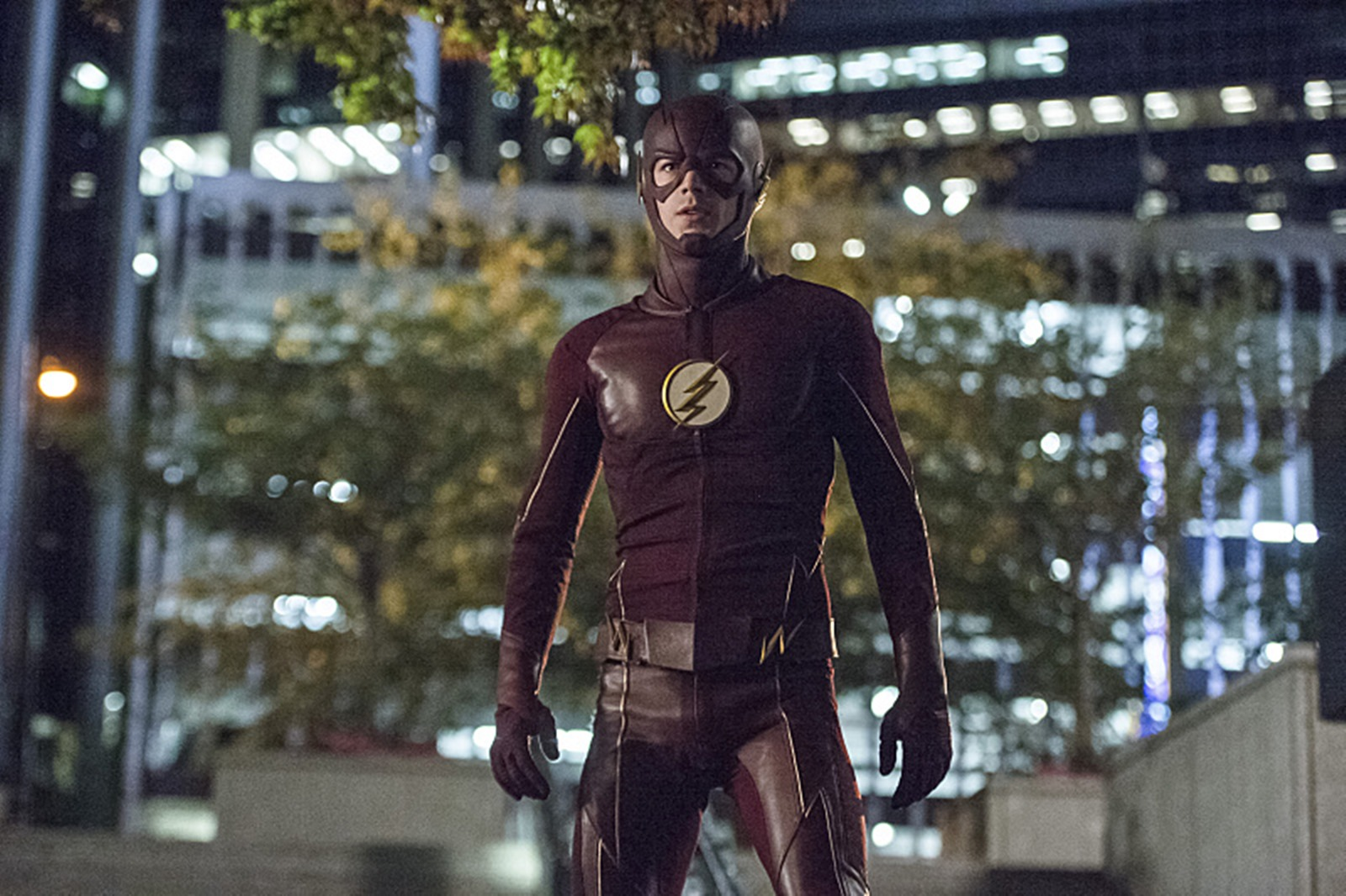 The Flash: Grant Gustin interpreta Barry Allen in The Fury of Firestorm
