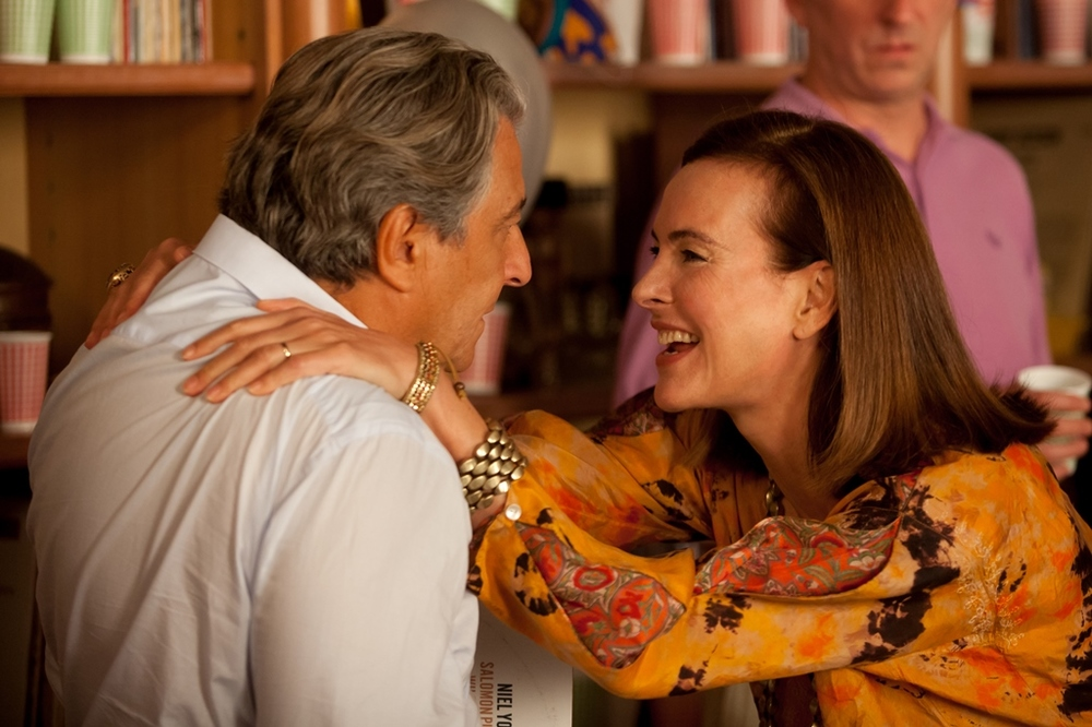 Tutti pazzi in casa mia: Carole Bouquet e Christian Clavier in una scena del film