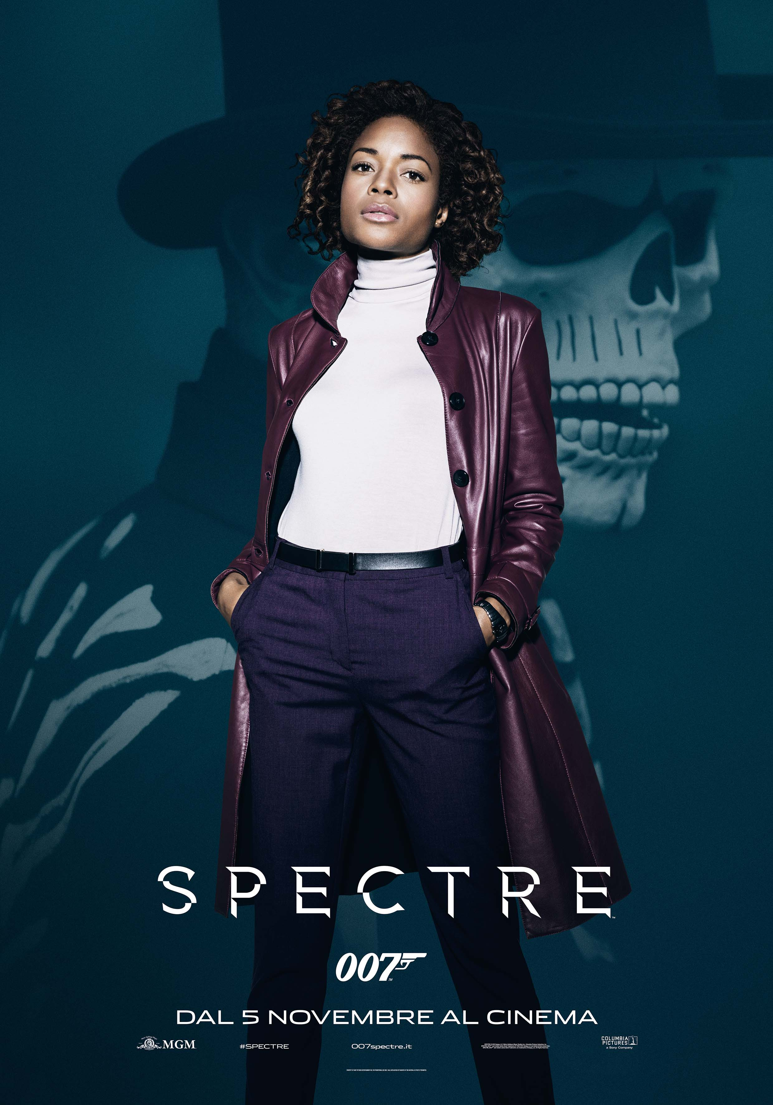 Spectre: il character poster di Naomie Harris
