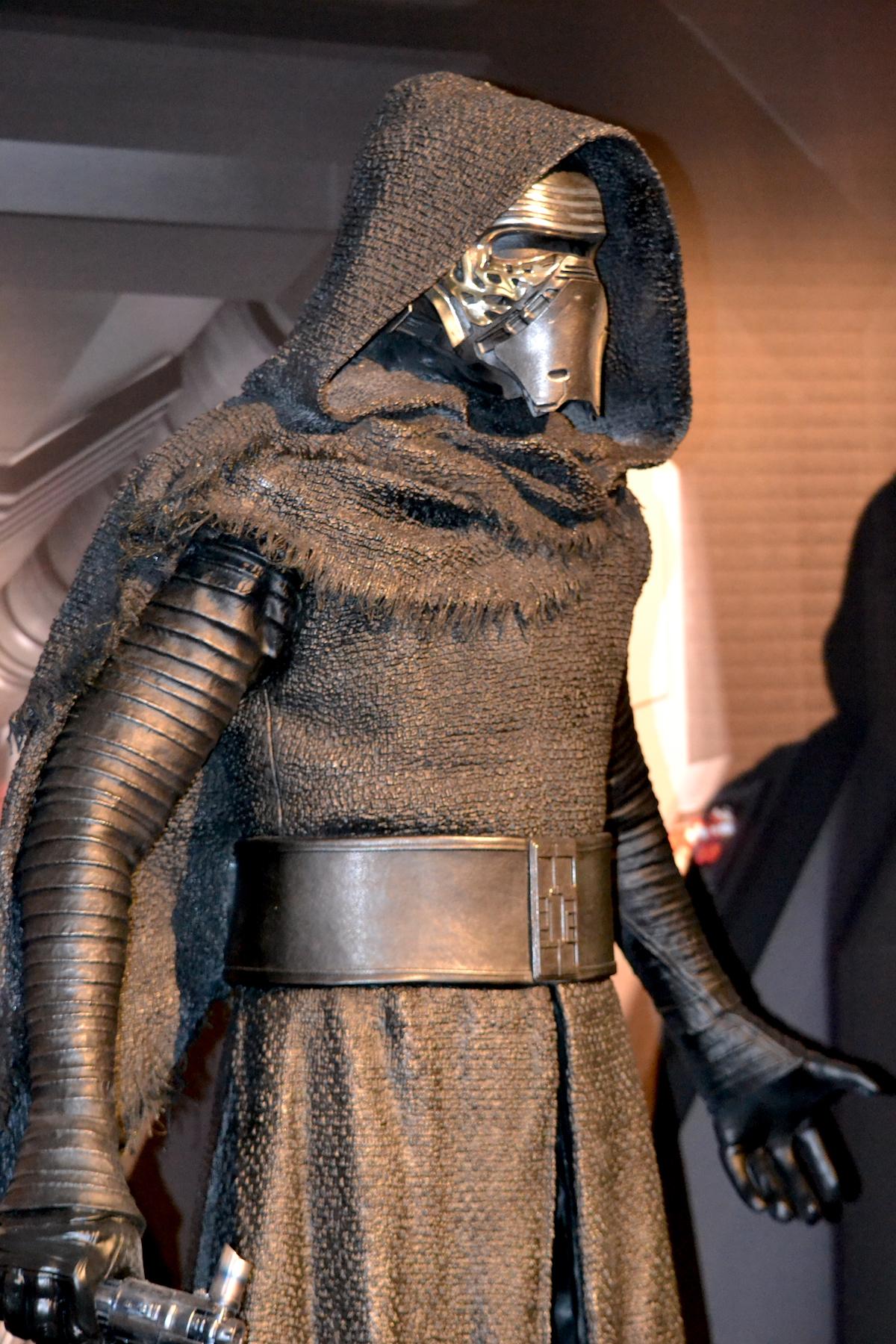 Lucca 2015: costume di Kylo Ren al padiglione Star Wars