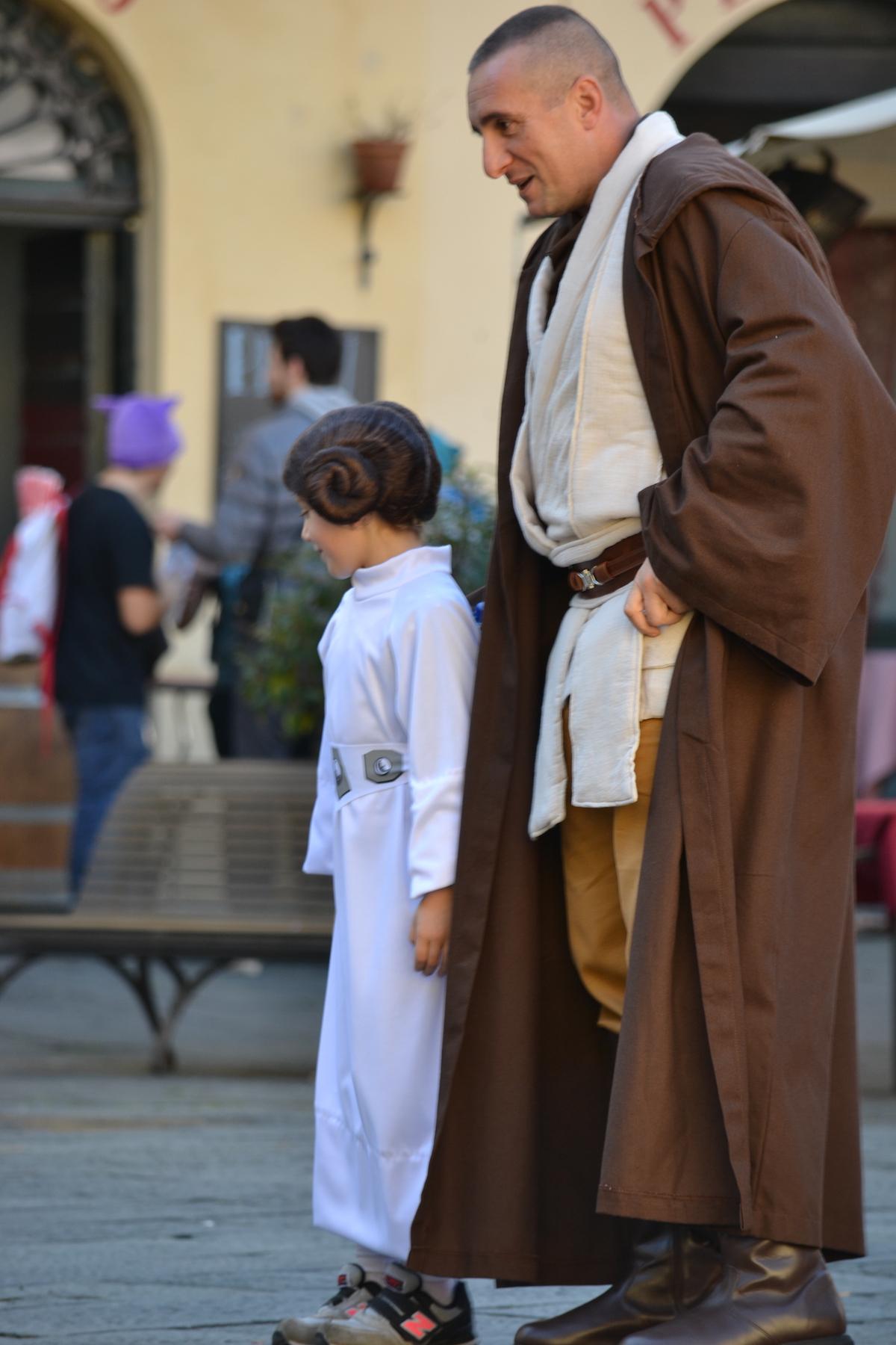 Lucca 2015: Cosplayer di Star Wars passeggiano per Lucca