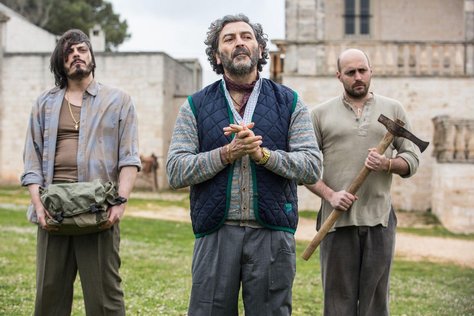 Loro Chi?: una scena del film diretto da Fabio Bonifacci e Francesco Miccichè