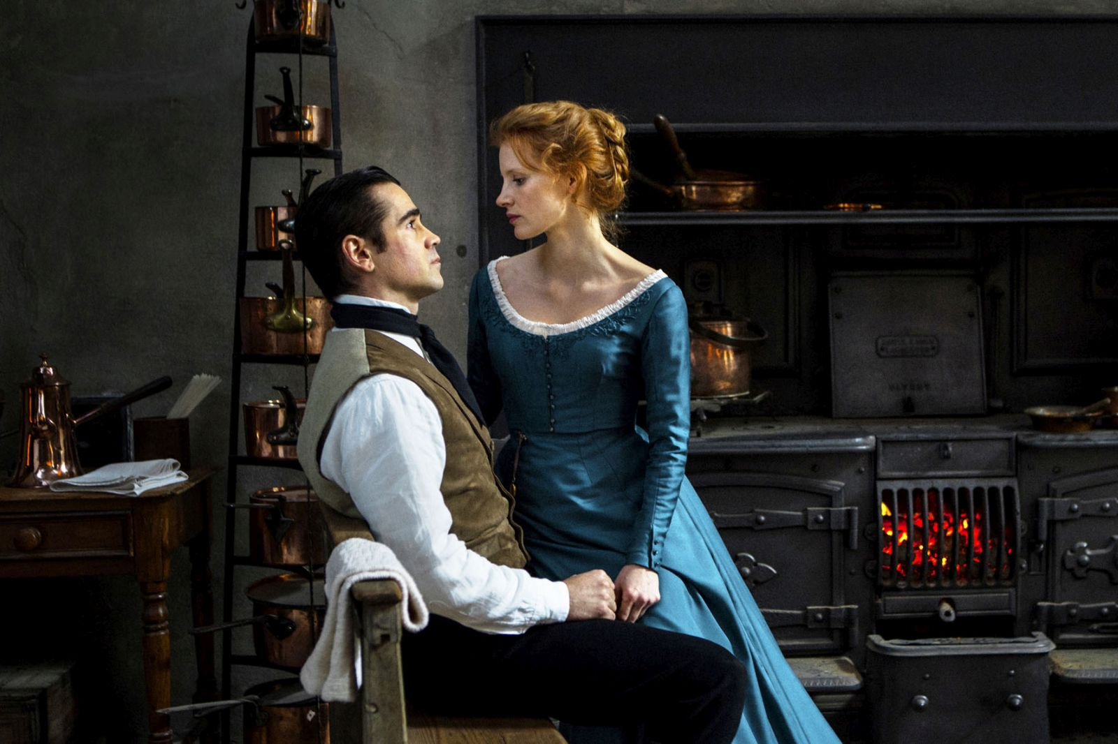Miss Julie: Colin Farrell e Jessica Chastain in un momento del film