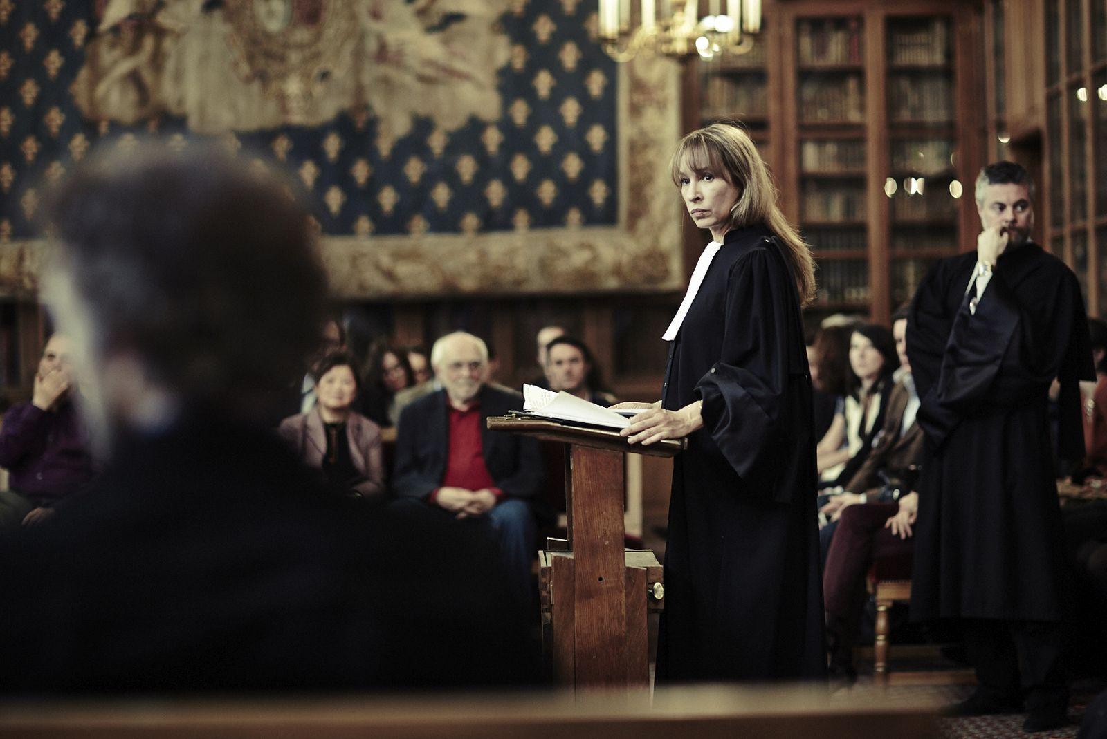 Mon roi - Il mio re: Emmanuelle Bercot in una scena del film