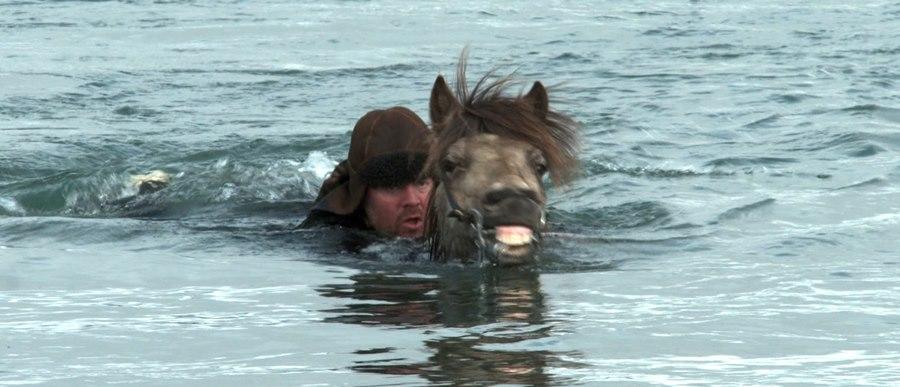 Storie di cavalli e di uomini: una scena del film