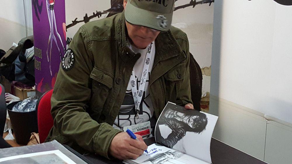 James O'Barr firma le edizioni de Il Corvo a Lucca Comic & Games 2015