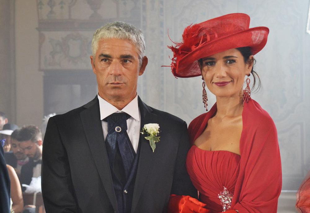 Matrimonio al Sud: Biagio Izzo e Barbara Tabita in una scena del film