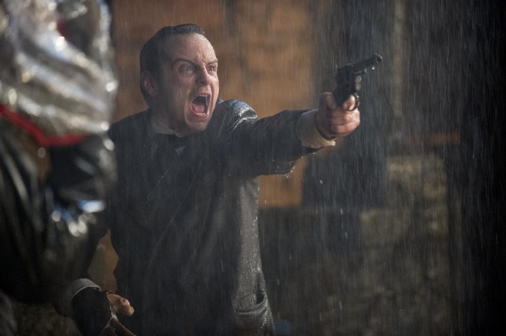 Victor - La storia segreta del Dott. Frankenstein: Andrew Scott in una scena del film