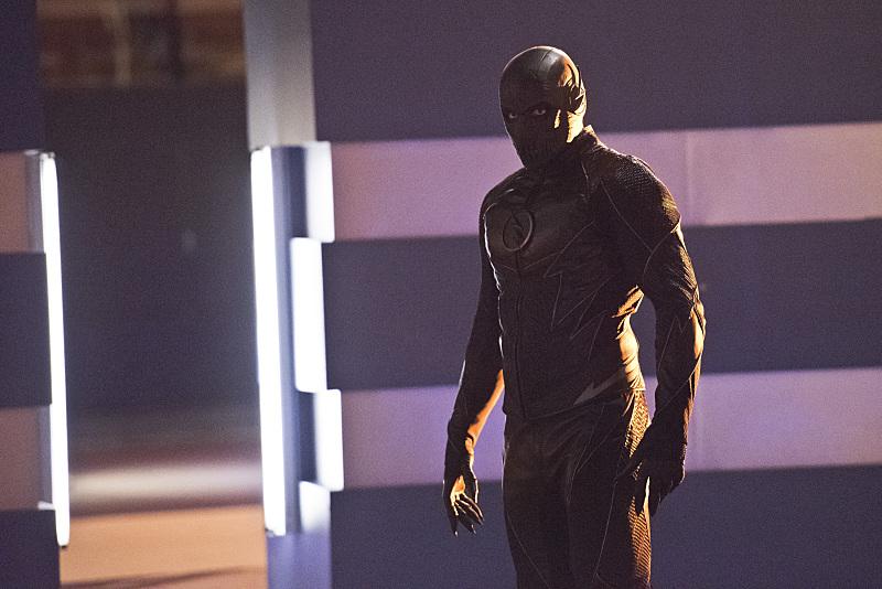 The Flash: una foto del malvagio Zoom tratta dalla puntata Enter Zoom