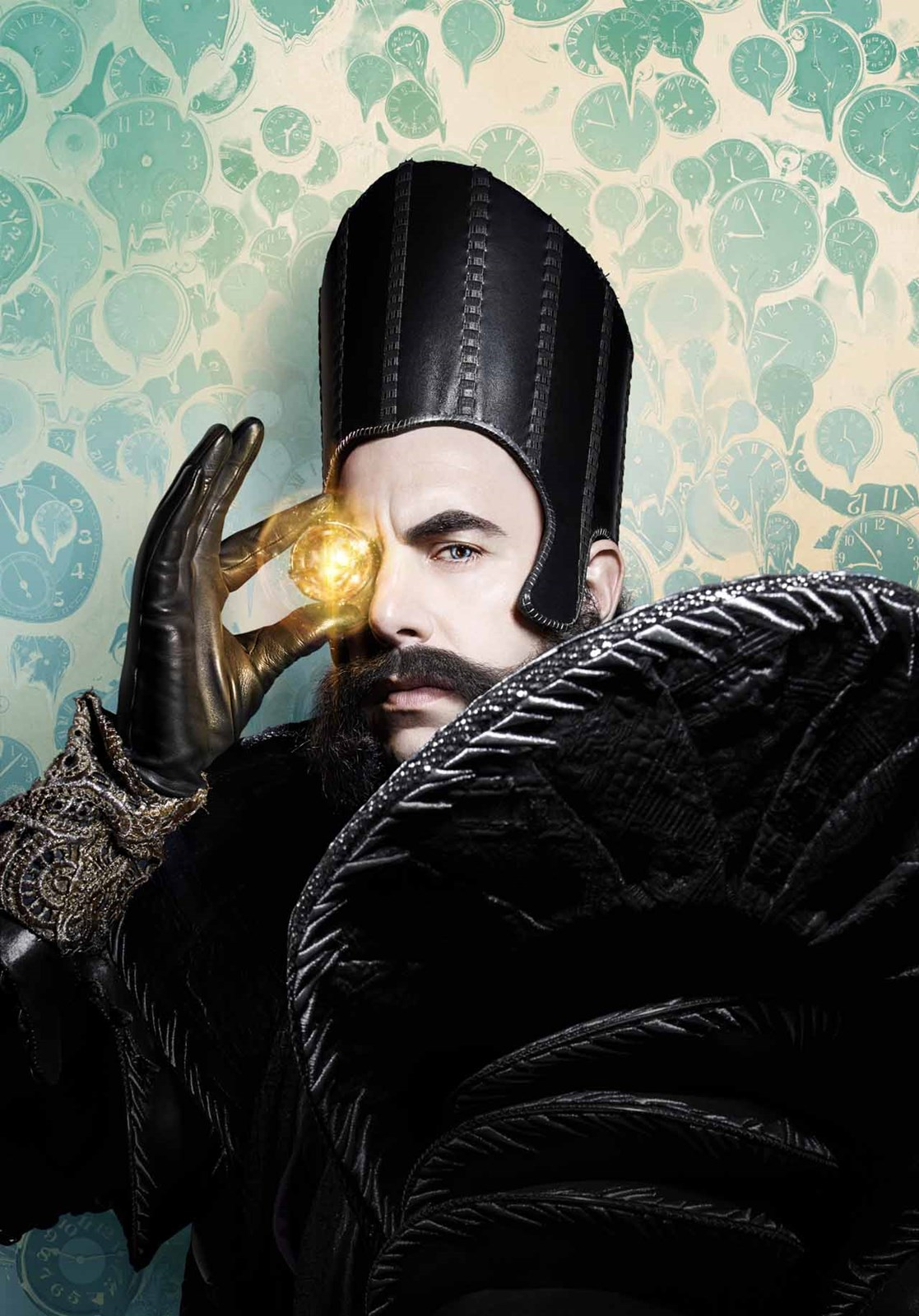 Alice in Wonderland: Through the Looking Glass - Il character poster di Sacha Baron Cohen