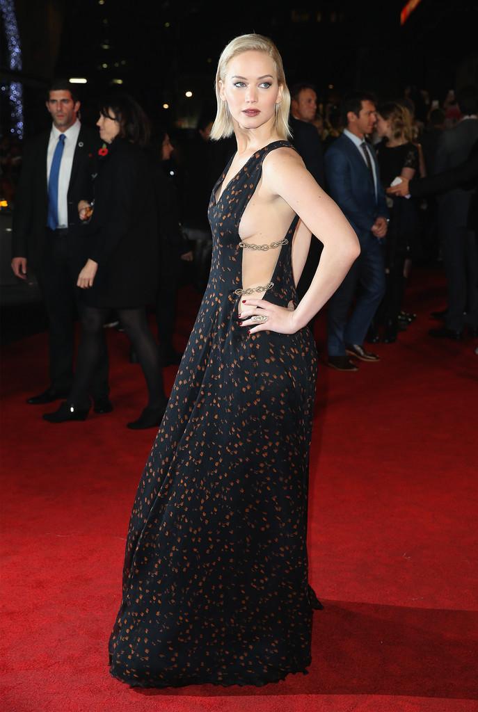 Jennifer Lawrence alla premiere di Hunger Games, il canto della rivolta 2 a Londra
