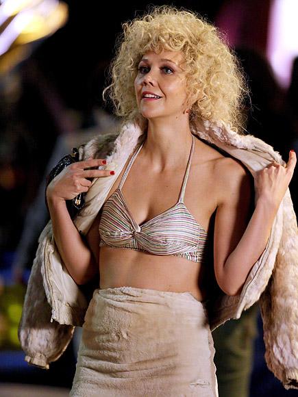 The Deuce: Maggie Gyllenhaal sul set nel ruolo della prostituta