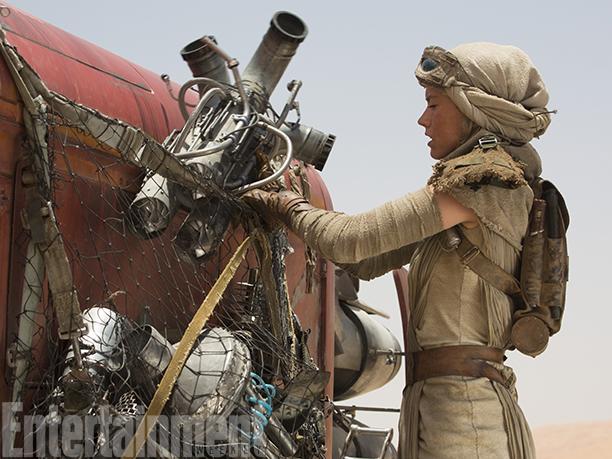 Star Wars: Il Risveglio della Forza - l'attrice Daisy Ridley in una scena del film