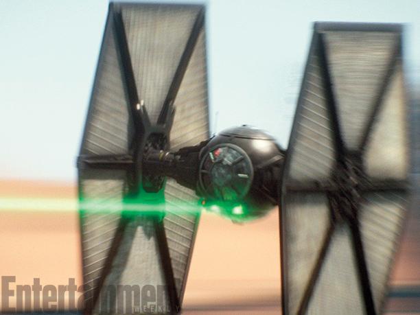 Star Wars: Il Risveglio della Forza - Un caccia imperiale in azione
