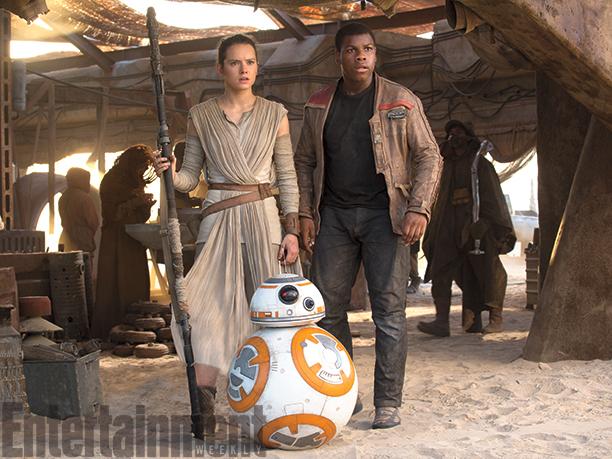 Star Wars: Il Risveglio della Forza - Daisy ridley e John Boyega interpretano Rey e Finn